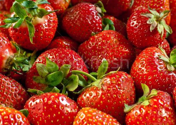 Eper közelkép piros eprek levél egészség Stock fotó © jakatics