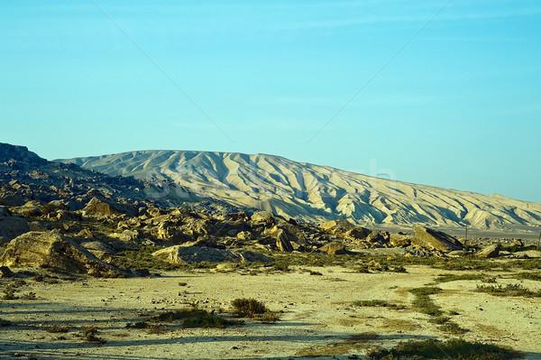 Deserto montagna verde pietra colore giallo Foto d'archivio © jakatics
