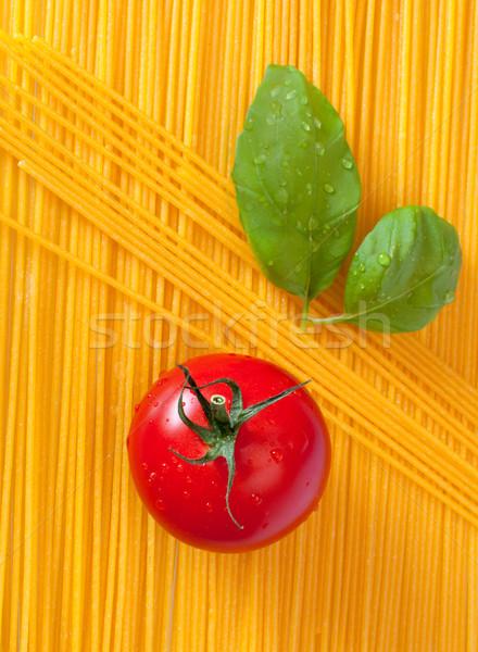 Italienisches Essen Tomaten Basilikum Blätter Spaghetti Pasta Stock foto © jamdesign