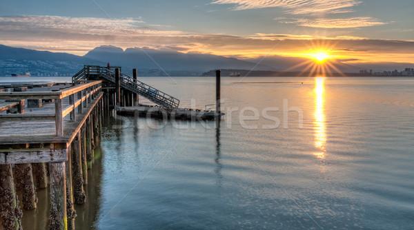 Iskele su güneş star yan doğru Stok fotoğraf © jameswheeler