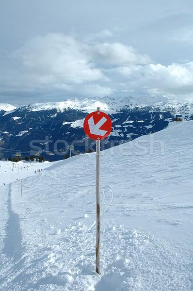 Pente direction signe Autriche ciel nature Photo stock © janhetman