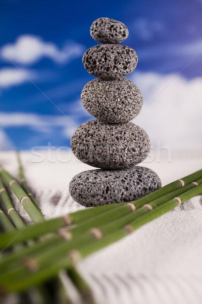 Natürmort taş zen grup kaya dinlenmek Stok fotoğraf © JanPietruszka