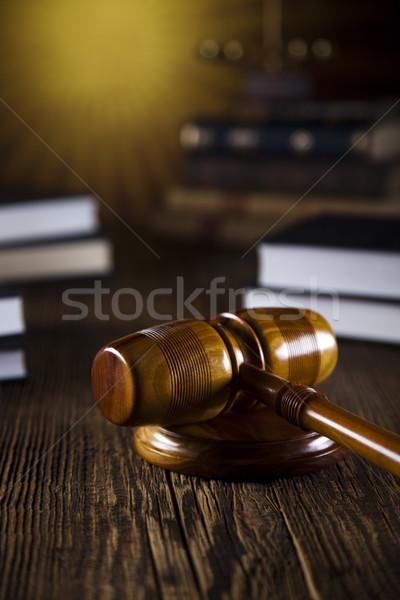 Stock fotó: Fából · készült · kalapács · igazság · jogi · ügyvéd · bíró