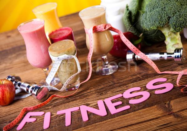 Friss gyümölcsök egészséges fitnessz gyümölcs egészség Stock fotó © JanPietruszka