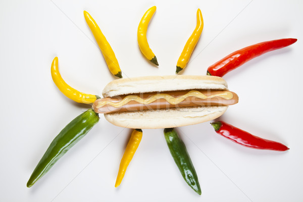 Yalıtılmış sosisli sandviç parlak renkli canlı arka plan Stok fotoğraf © JanPietruszka