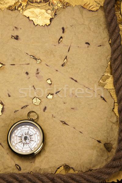 Сток-фото: компас · старой · бумаги · бумаги · карта · фон · путешествия