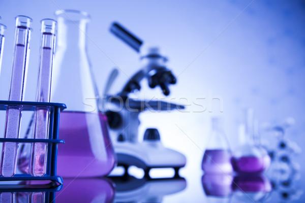 Foto d'archivio: Laboratorio · lavoro · luogo · microscopio · cristalleria · istruzione