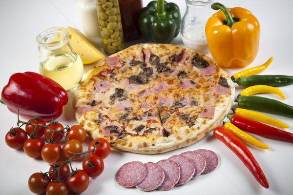 Pepperoni pizza gustoso naturale alimentare foglia Foto d'archivio © JanPietruszka