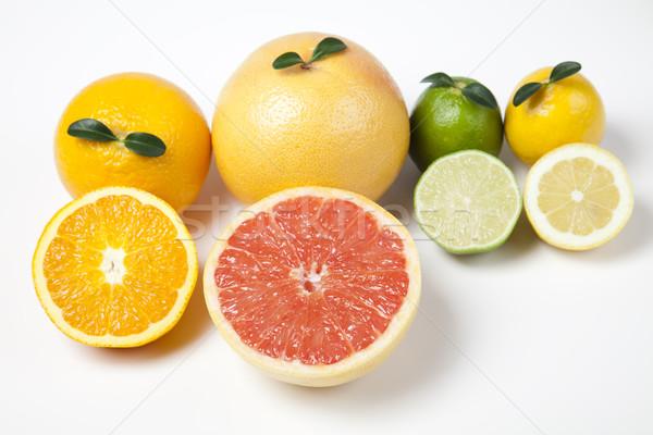Guardare frutti mangiare buy luminoso colorato Foto d'archivio © JanPietruszka