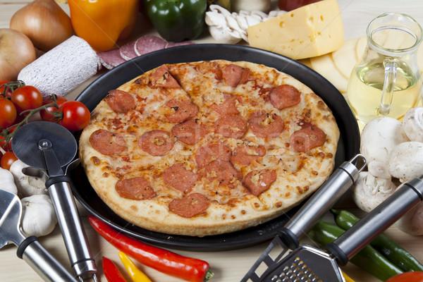 Pizza panela saboroso naturalismo comida folha Foto stock © JanPietruszka