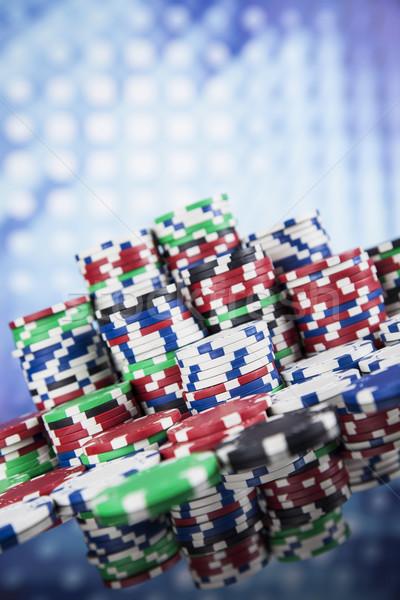 Póker zsetonok számítógépes játékok csoport kaszinó siker játék Stock fotó © JanPietruszka