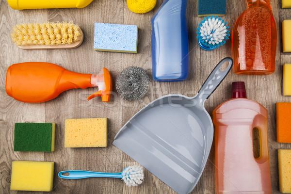 Variedade produtos de limpeza casa janela grupo garrafa Foto stock © JanPietruszka