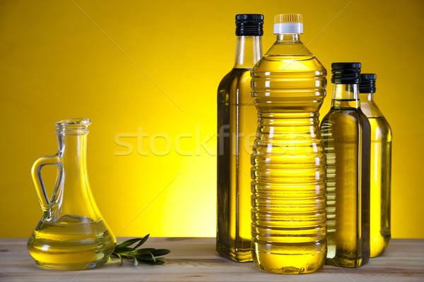 Foto stock: Aceite · de · oliva · botella · árbol · sol · frutas · salud