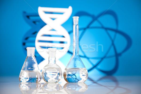 ADN molécules atome laboratoire verrerie eau Photo stock © JanPietruszka