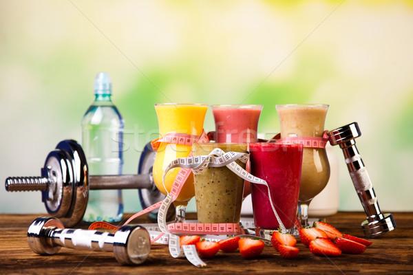 Súlyzó egészséges friss fitnessz gyümölcs egészség Stock fotó © JanPietruszka