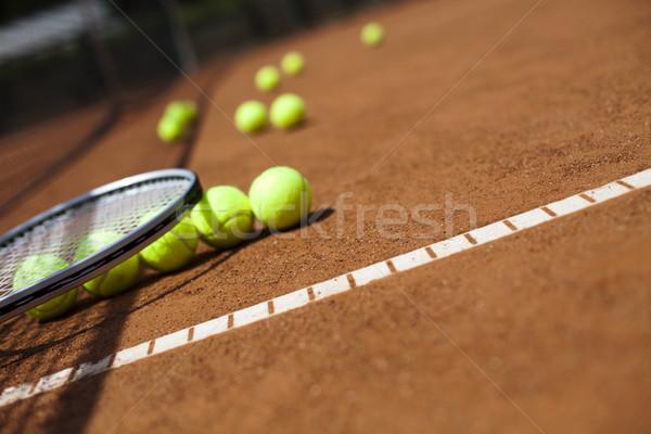 Teniszütő golyók bíróság háttér sportok Föld Stock fotó © JanPietruszka