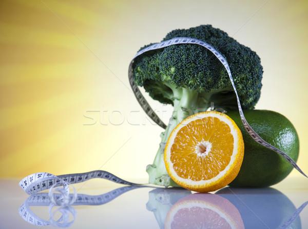 Taze gıda ölçmek diyet gıda uygunluk meyve Stok fotoğraf © JanPietruszka