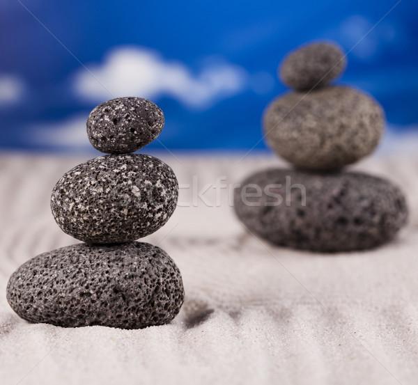 Zrównoważony zen kamienie grupy rock relaks Zdjęcia stock © JanPietruszka