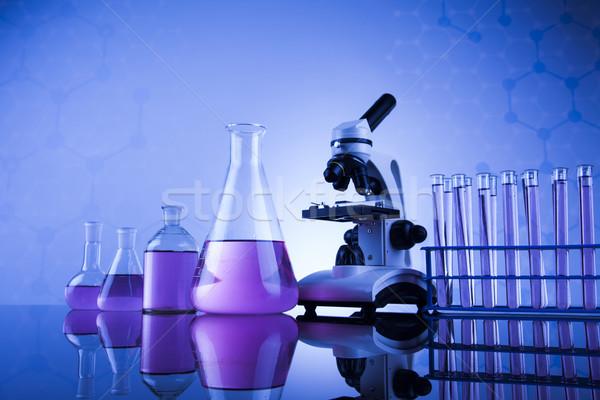 Laboratorium pracy miejsce mikroskopem wyroby szklane edukacji Zdjęcia stock © JanPietruszka