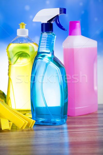 Foto stock: Produtos · de · limpeza · casa · trabalhar · colorido · grupo · garrafa