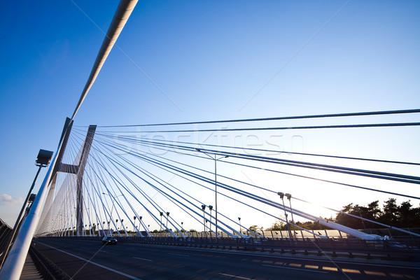 Enorme puente mojón vista cielo edificio Foto stock © JanPietruszka