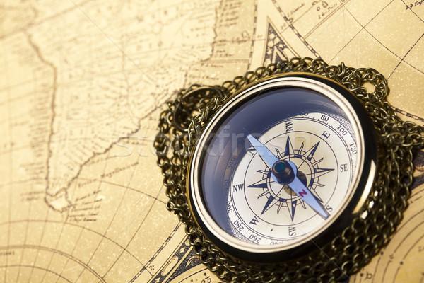Сток-фото: компас · бумаги · карта · фон · путешествия
