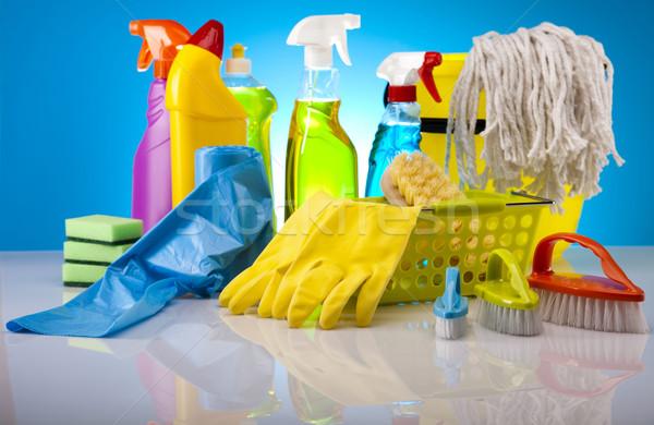 Variedade produtos de limpeza trabalhar casa garrafa vermelho Foto stock © JanPietruszka