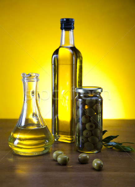 Stock photo: Fresh olives, olive oil