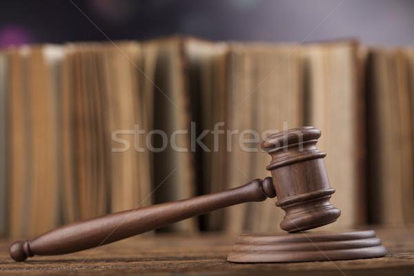Bois marteau justice juridiques droit marteau Photo stock © JanPietruszka