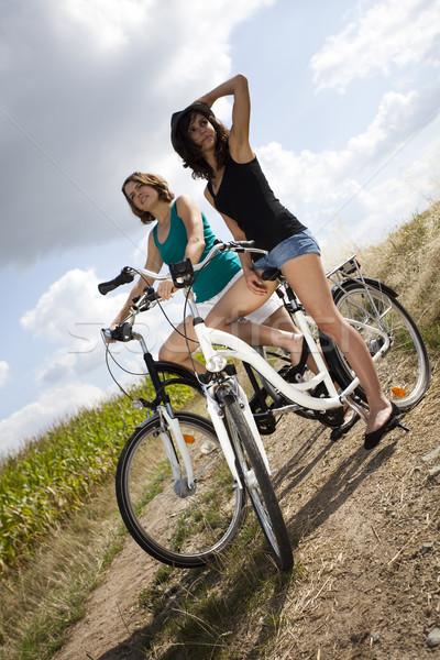 若い女性 ライディング 自転車 夏 自由時間 女性 ストックフォト © JanPietruszka