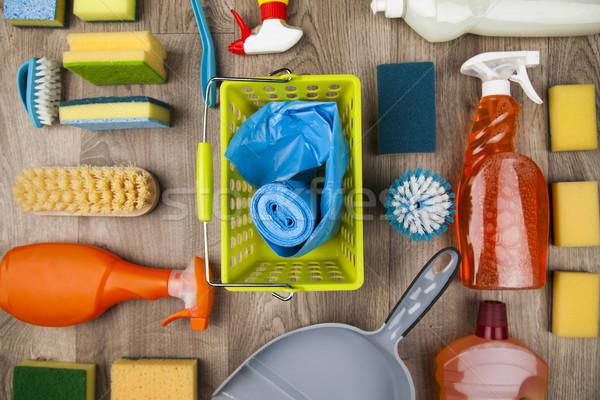 Varietà prodotti di pulizia home finestra gruppo bottiglia Foto d'archivio © JanPietruszka
