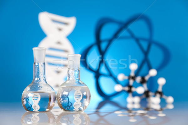 átomo moléculas modelo laboratório artigos de vidro água Foto stock © JanPietruszka