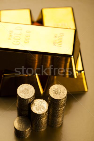 Aranyrúd érmék pénzügy fém bank arany Stock fotó © JanPietruszka