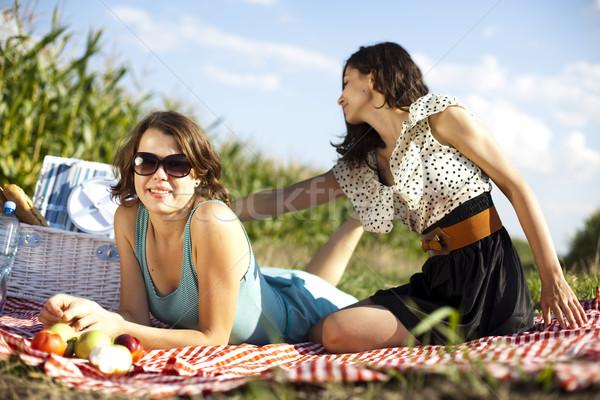 Meninas verão tempo livre menina árvore feliz Foto stock © JanPietruszka