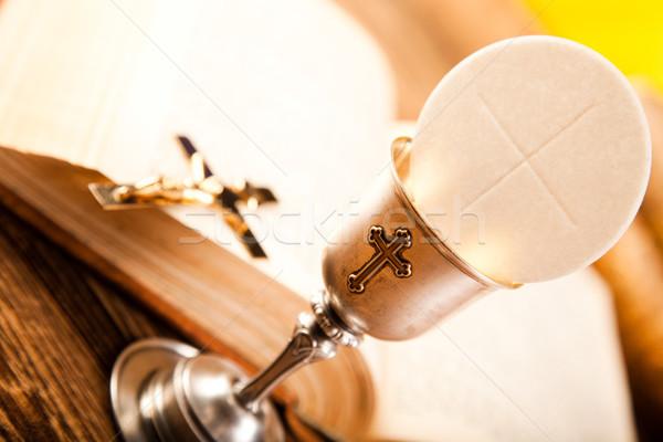 úrvacsora ostya fényes könyv Jézus templom Stock fotó © JanPietruszka