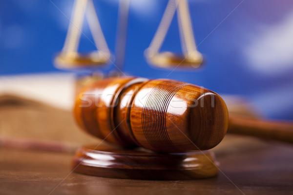 Tokmak ahşap hukuk çekiç beyaz yargıç Stok fotoğraf © JanPietruszka
