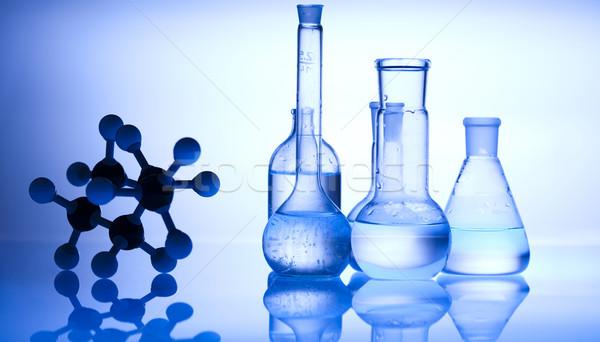 Chimiques laboratoire verrerie équipement technologie santé Photo stock © JanPietruszka