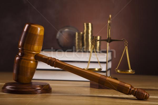 Stockfoto: Justitie · schaal · hamer · hout · recht · hamer