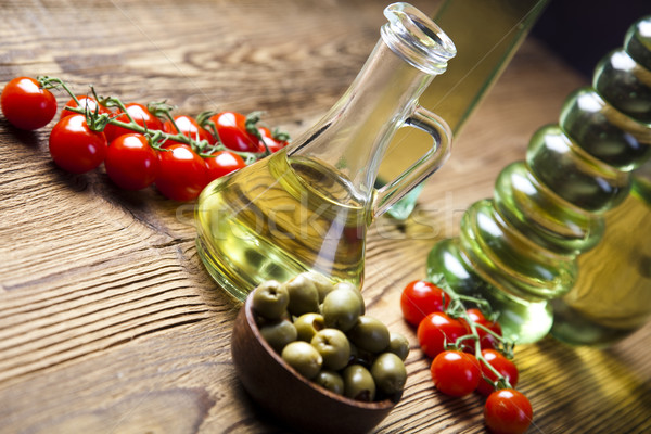 Friss olívaolaj mediterrán vidéki levél üveg Stock fotó © JanPietruszka