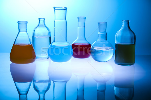 Vegyi laboratórium üvegáru felszerlés hely tudományos kutatás Stock fotó © JanPietruszka