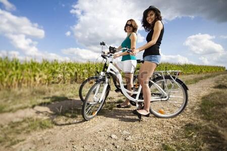 Ninas moto gira mujer nina Foto stock © JanPietruszka