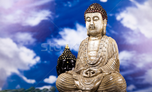 Buddha ciel bleu soleil fumée détendre culte Photo stock © JanPietruszka