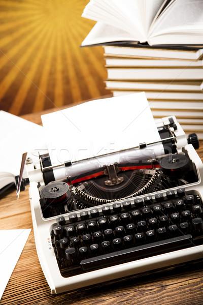 Vintage maszyny do pisania starej książki pracy tle list Zdjęcia stock © JanPietruszka