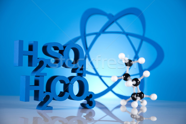 Atoom moleculen model laboratorium glaswerk water Stockfoto © JanPietruszka