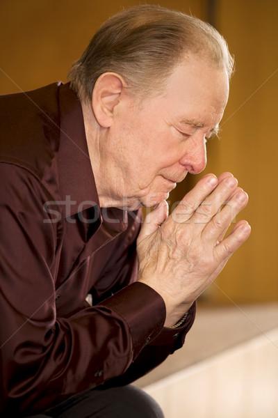 пожилого человека молиться Церкви темно мышления Сток-фото © jarenwicklund