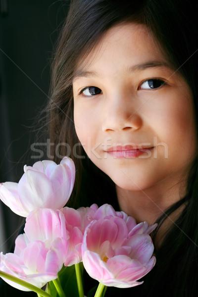 красивой девочку розовый тюльпаны ребенка портрет Сток-фото © jarenwicklund