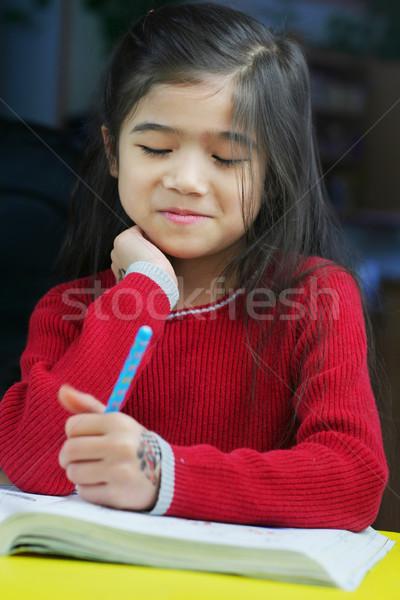 Enfant devoirs six ans fille nuit heureux Photo stock © jarenwicklund
