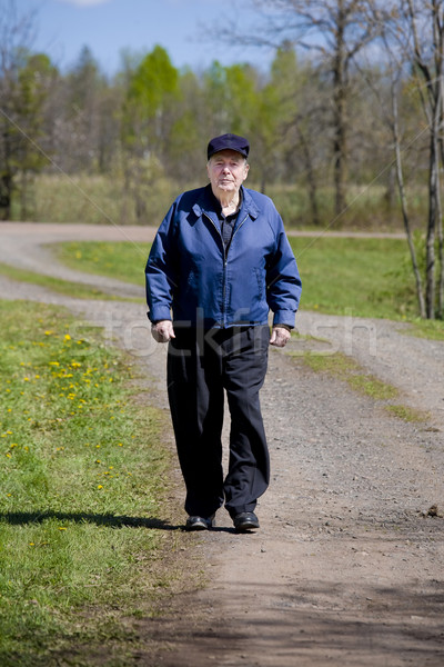 高齢者 男 徒歩 田舎道 春 幸せ ストックフォト © jarenwicklund