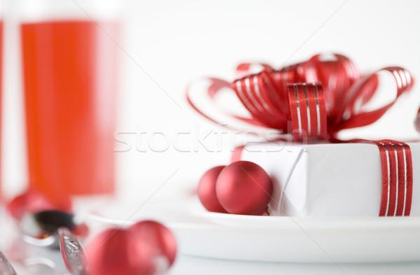 Stockfoto: Geschenk · plaat · tabel · decoraties · witte · aanwezig
