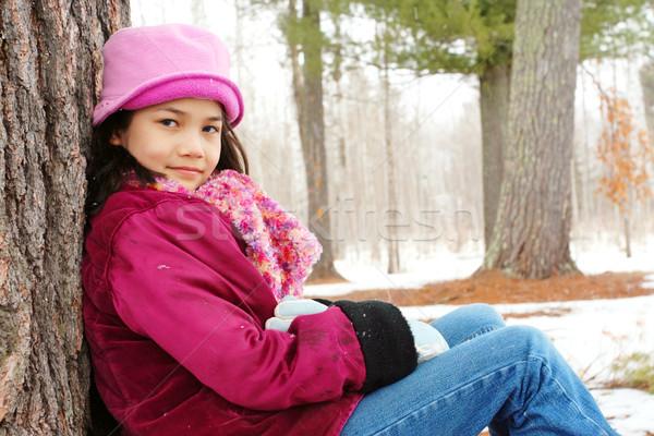 ребенка сидят дерево улице зима Сток-фото © jarenwicklund